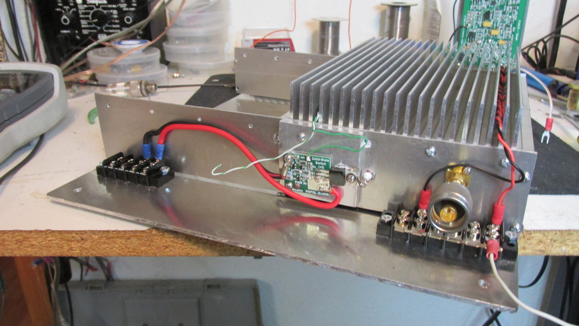 1296 MHZ 300w AMP